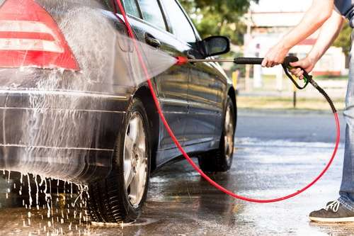 Removing corosive salts form your car with a pressure washer